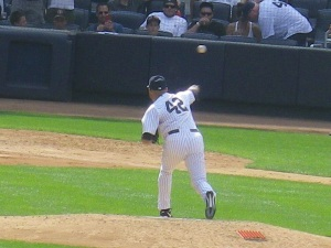 Mariano Rivera delivers his cutter.